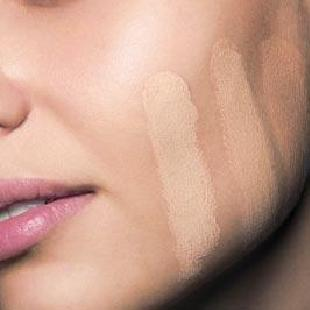 How-to-Test-Liquid-Foundation-Makeup1